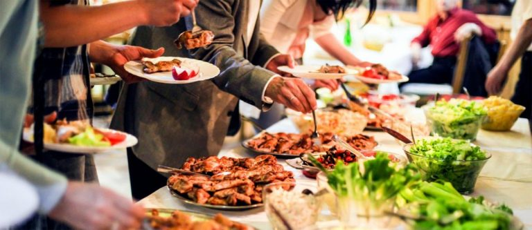 Hiring the very best Catering Services for the Party