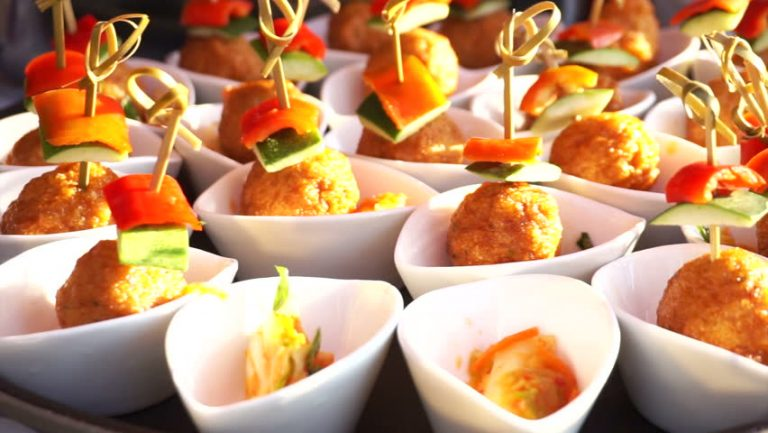 How To Pick The Very Best Finger Food Catering