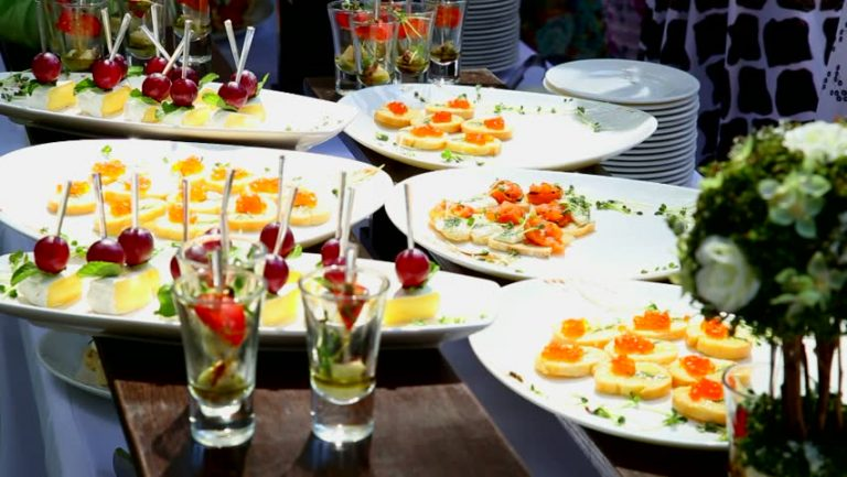 Why the Foodist is the Best Option for Cocktail Party Catering