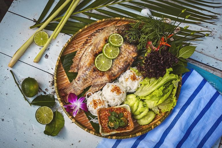 Some Of The Best Thai Foods & Drinks You Can Buy In The UK